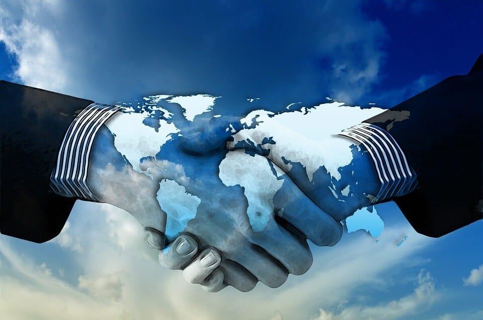 תקשורת מקרבת גשר בין שניים. במקום ייעוץ זוגי או טיפול זוגי ?